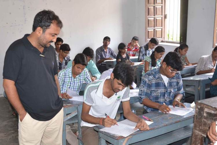 BANKIPUR SCHOOL ME ME SUPER 30 KA ENTRANCE EXAM DEKER NIKALTE STUDENTS1